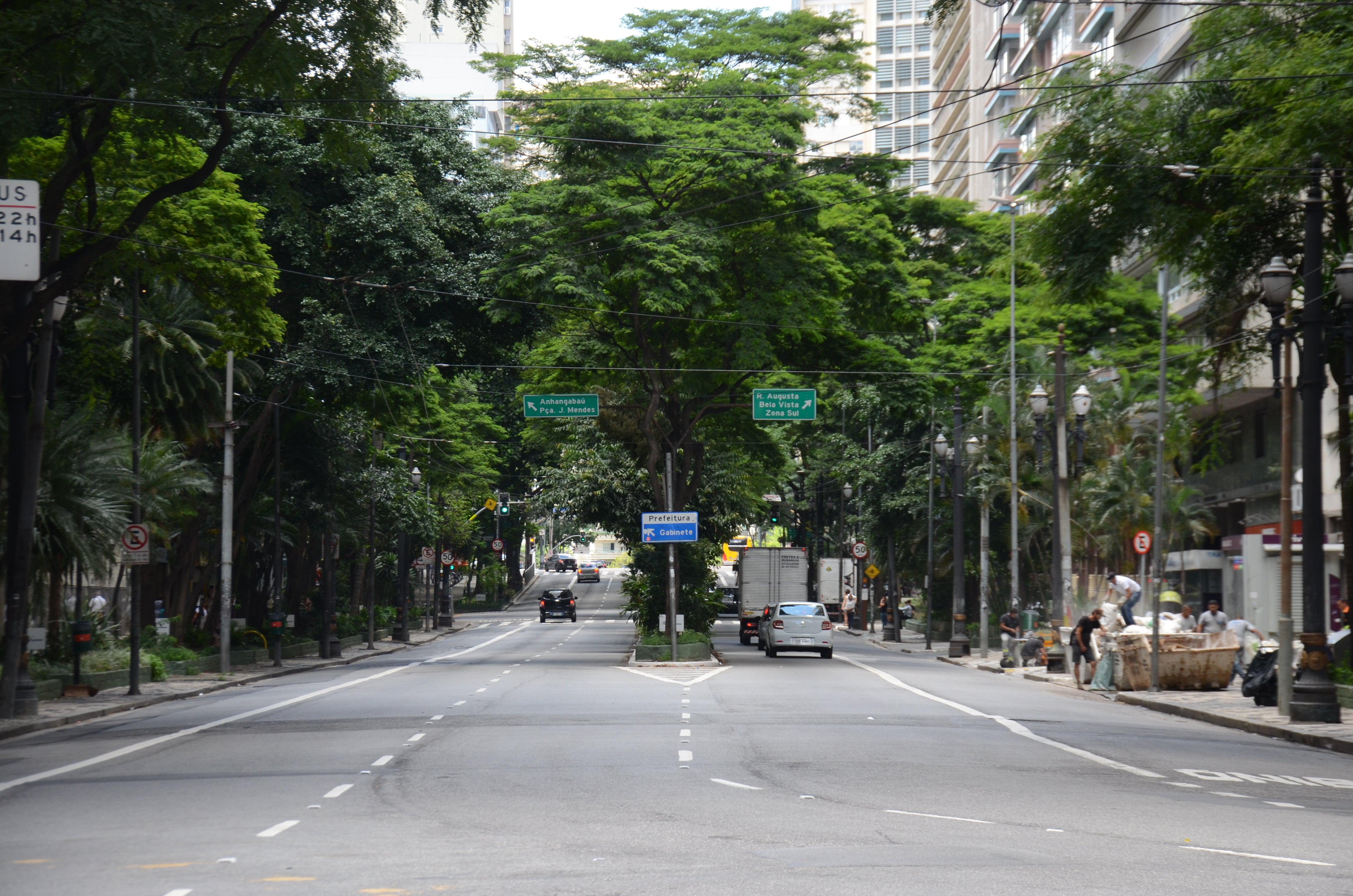 Av. São Luís
